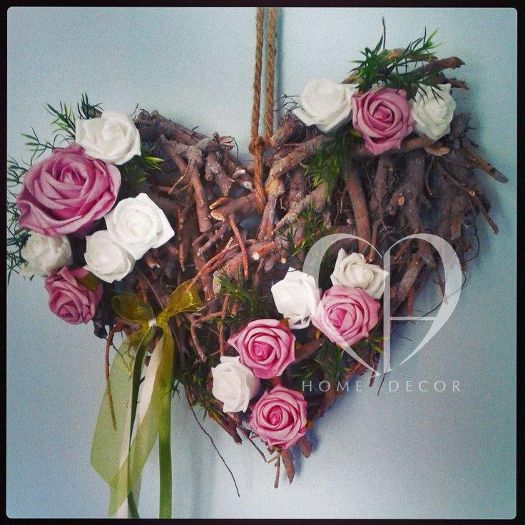 heart with roses mauve and white