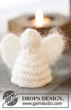 """Christmas Cherub - DROPS Weihnachten: Gestrickter DROPS Engel mit Krausrippen und Engel mit Lochmuster in """"Kid-Silk"""" und """"Cotton Merino"""". - Free pattern by DROPS Design"""