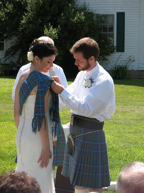 Pinning the Family Tartan | Flickr - Photo Sharing!  (Will get Elliot Tartan for my sons' weddings in the future!)