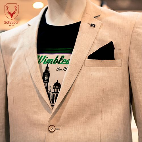 Are you ready to embrace the #GrandSlamLife with this striking graphic tee and neutral toned blazer!