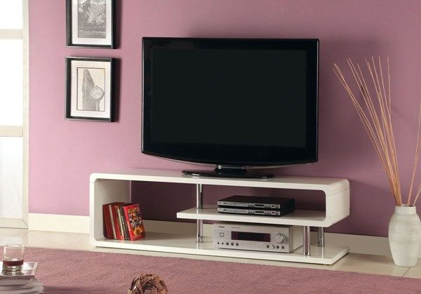 Ninove II Off White Lacquer Metal Chrome Maisy 55 Inch TV Stand