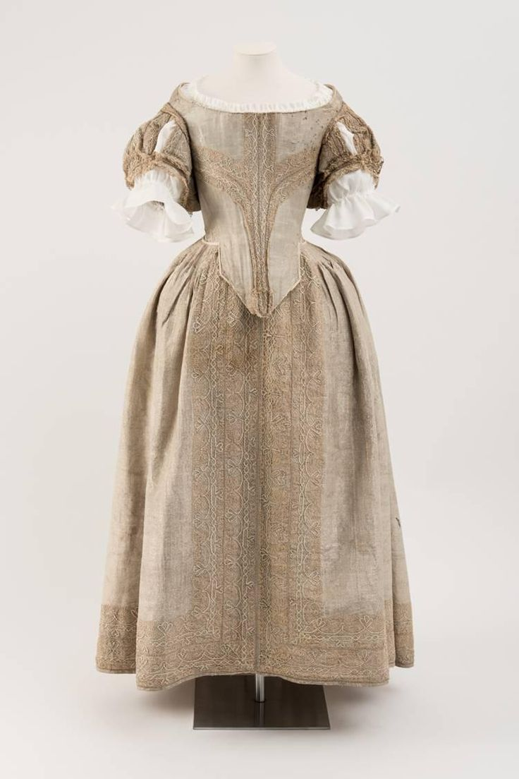 1660s - Silver Tissue Dress - thought to be worn by Theophilia Harris of Hayne
