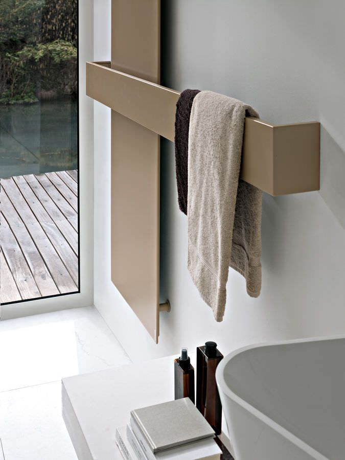 Electric towel radiator / water / combi / wall-mounted ELEMENTS: SQUARE by Ludovica & Roberto Palomba TUBES -barefootstyling.com