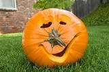 See link for discussion of ideas around a pumpkin carving contest.