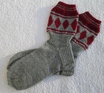 Miesten Jussi-sukat tilauksesta