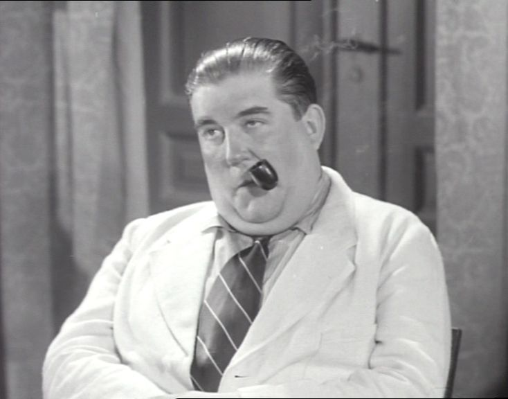 som Dyrlæge Allerup, i Niels Pind og hans dreng fra 1941.