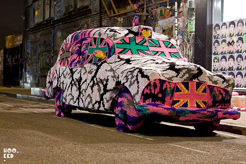 Olek yarn bombs a Black Cab