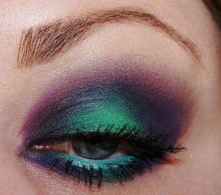 Peacock look!: Eye Makeup, Eye Colors, Eyeshadows Looks, Eye Shadows, Northern Lights, Aurora Borealis, Mermaids Eye, Peacock Colors, Peacock Eye