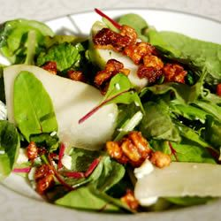 Roquefort Pear Salad -- I need to try this!