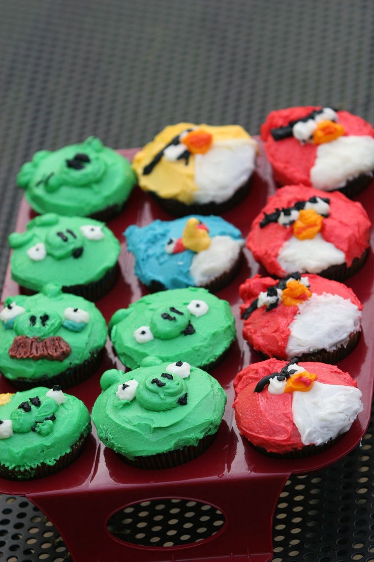 Fun Angry Birds Cupcakes
