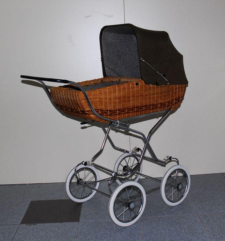 Nostalgie Puppenwagen Korbpuppenwagen ca 60-70er Jahre