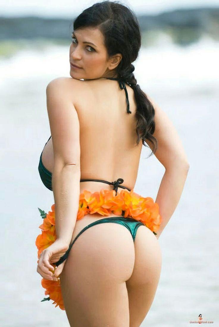 Denise Milani Hard Nipples 89