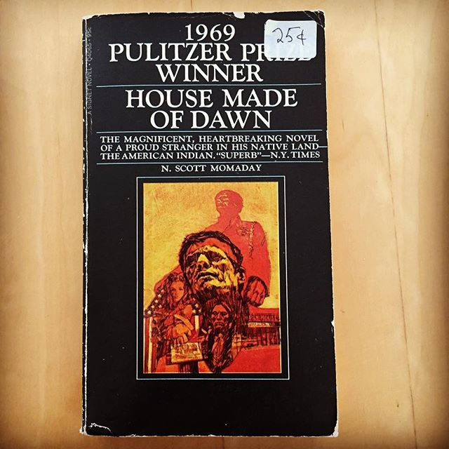 An Amazing Find At A Book Recycling Composting Center First Pulitzer For Fiction Pulitzer Pulitzer House Made Of Dawn N Scott Momaday Pulitzer