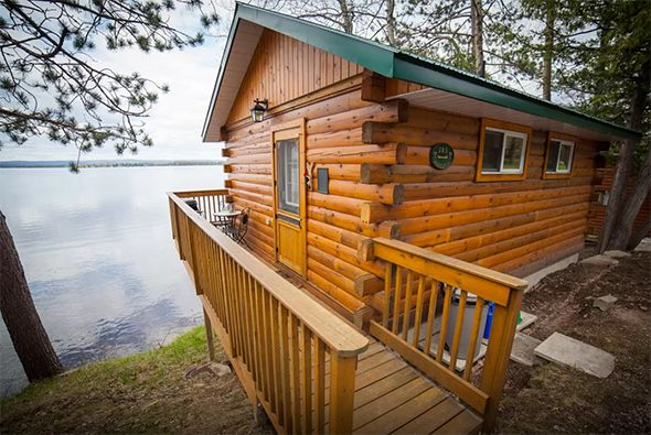 Cottage rentals near Toronto are one of the best ways to unwind when it gets too hot and sticky in the city. Fortunately, we're blessed with tons of lakes north of the city with rental properties that can be had without breaking the bank. From tree-house style cottages to rustic...