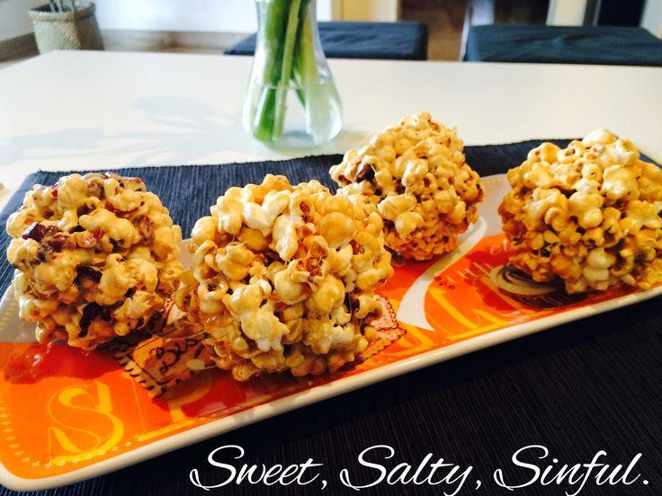Popcorn al caramello e marshmallows e Popcorn con marshmallows e mirtilli :) https://www.facebook.com/sweet.salty.sinful
