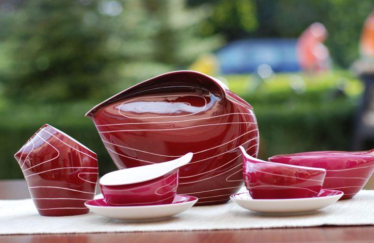 Coffee set Dorota design in 1962 by Lubomir Tomaszewski (purple decoration)