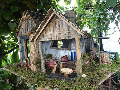 Invite These Tiny Creatures Into Your Garden With Fairy Houses Made From  Bits Of Twigs, ...