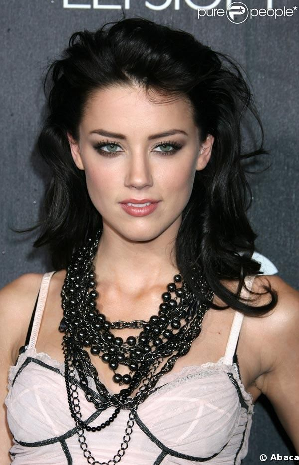 Elegantly ineffable excellence of Amber Heard