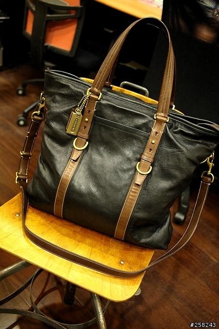 coach men leather bag
