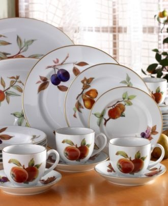 Royal Worcester Evesham...still my favorite every day dishes...if & 25 best Evesham Royal Worcester made in England images on Pinterest ...