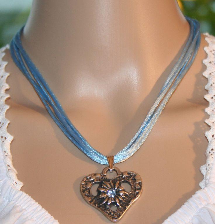 Dirndl Kette mit Herz und Edelweiß, hellblau oder grün von Edelweiss51 auf Etsy