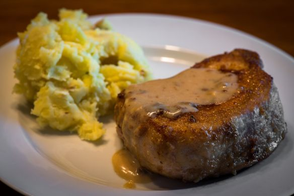 Pork Chop with Country Gravy--Fructose Malabsorption Recipes