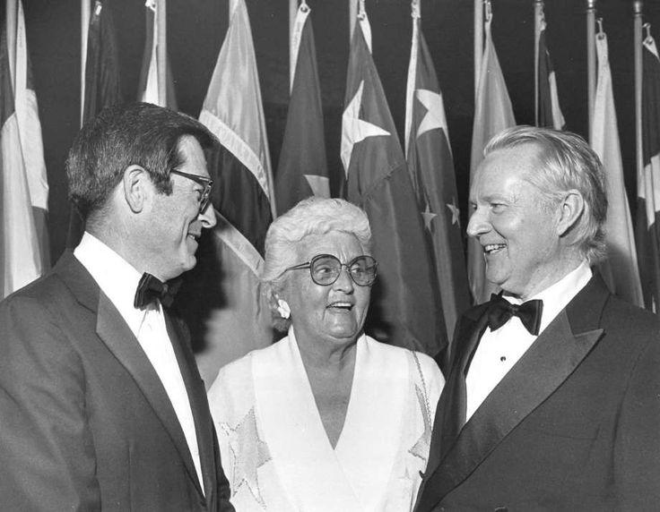 These legendary acting teachers helped shape Houston-raised stars like Farrah Fawcett & Jim Parsons.
