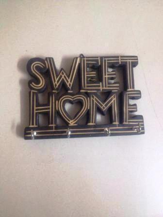 Kaufen Sie süße Heimat aus Holz # Schlüsselhalter # Holz # Handwerk #Handwerk…