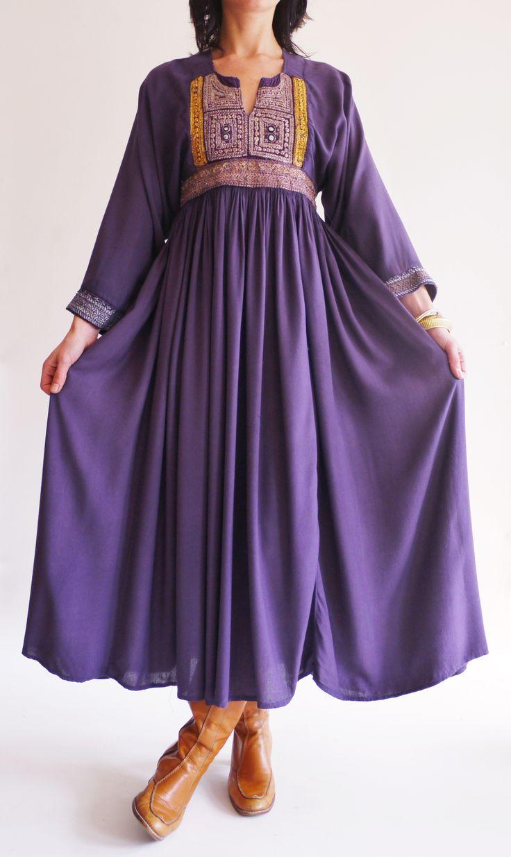 Vintage 1960s Afghan hippie dress @ www.secondhandnew.nl