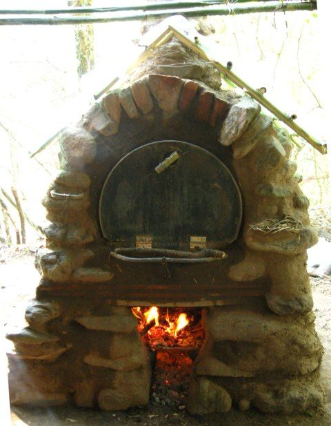 One of the first barrel ovens made - in Argentina - built with stone and earthen mortar.
