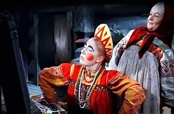 Originally posted by logik_logik at 20 замечательных советских детских фильмов 20 замечательных советских детских фильмов В Советском Союзе на детском кинематографе не экономили. Детские фильмы имели приличный бюджет, их снимали известные режиссёры, а роли исполняли звёзды советского кино.…