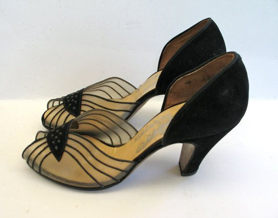 1940s Shoes  Vintage Evening Pumps by VioletsEmporium on Etsy, $75.00