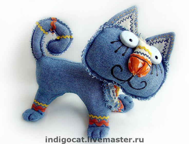 2 синих кота
