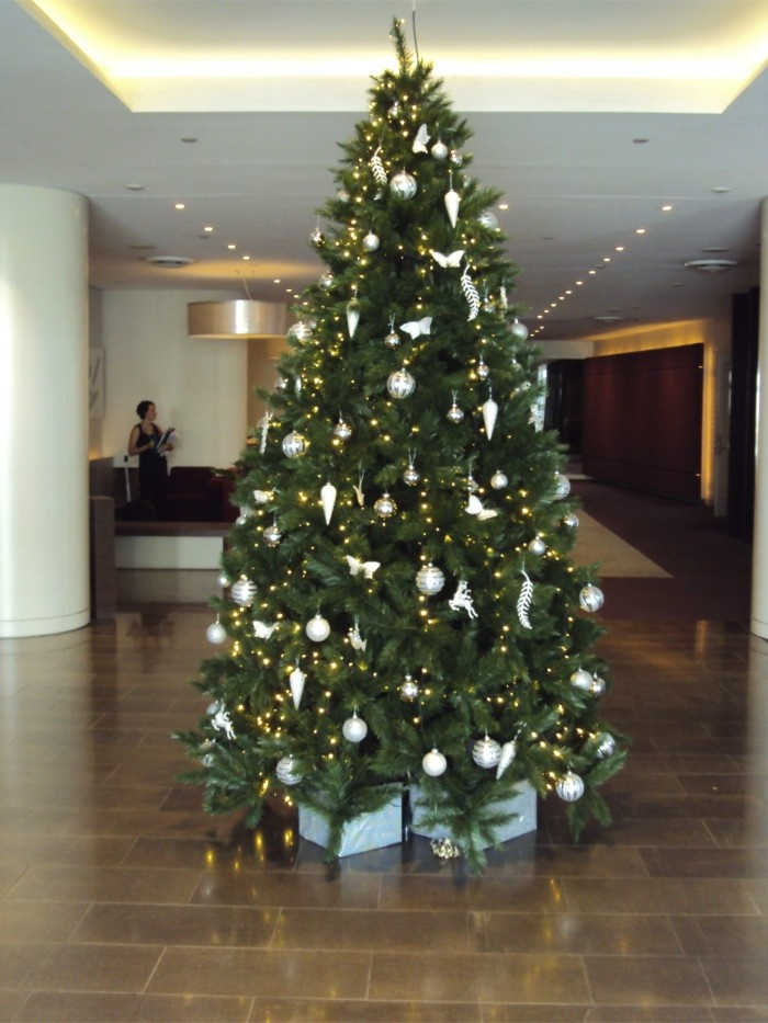 9 best Corporate Christmas Decorations images on Pinterest ...