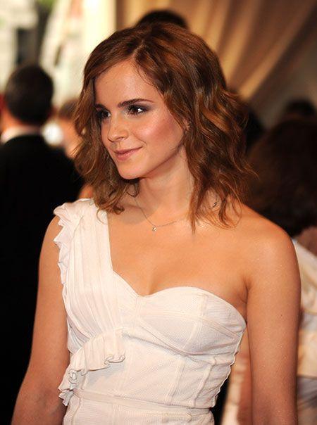 Emma Watson / 2010年5月3日撮影 / ニューヨークにあるメトロポリタン美術館の美術部門が開催した、アメリカン・ウーマン展『コスチューム・インスティチュート・ガラ・ベネフィット』のオープニングイベントに出席したエマ・ワトソン