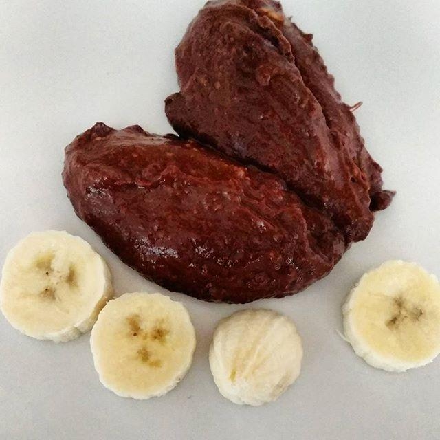We did it! Vegan chocolate mousse, recipe by #chocolatecoveredkatie ,it was delicious!! #veganfoodshare #vegan #vegandessert #veganballerina #healthyvegan #veganisation #veganfoodblogger #govegan #chocolate @chocolatecoveredkatie @94adaglez