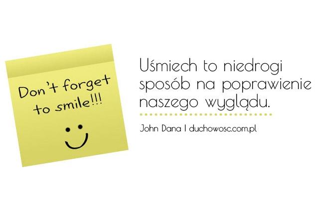 Uśmiech to niedrogi sposób na poprawienie naszego wyglądu.