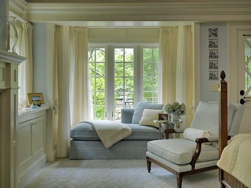 Very soft and relaxing white blue and creamy yellow.