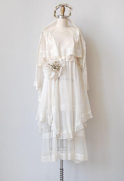 Antique 1920s wedding gown set