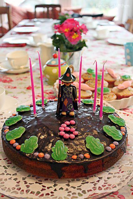 Das Geburtstagsshirt meiner kleinen Hexe habe ich Euch ja schon gezeigt, aber noch gar nichts von der Geburtstagsfeier berichtet. Wie sollte es anders sein – wir luden zur Hexenparty! Bei den…