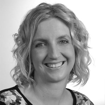 Sue White - freelance features and travel writer, presenter at the Australian Writers' Centre