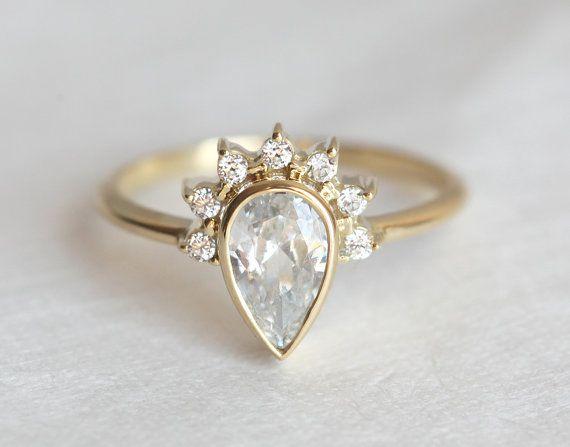 Diamant-Verlobungsring mit Prong Set Diamanten halbe von MinimalVS