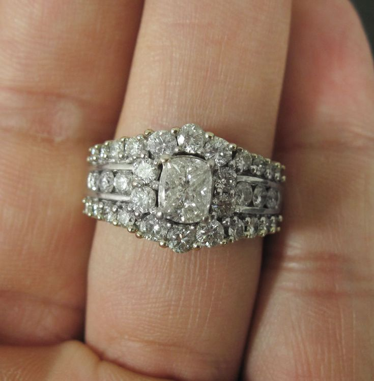 14k Large Diamond Halo Cluster Engagement Wedding White Gold Ring