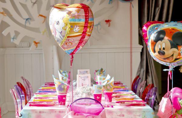 #havaifisek #parti #konfeti #balon Partilerde Genç Kız Temaları Bu tarz desenlere sahip olan parti ürünleri, genç kızların doğum günü partileri için en ideal ürün gruplarıdır. http://www.gizempartystore.net/kategori/parti-malzemeleri/partilerde-genc-kiz-temalari.html