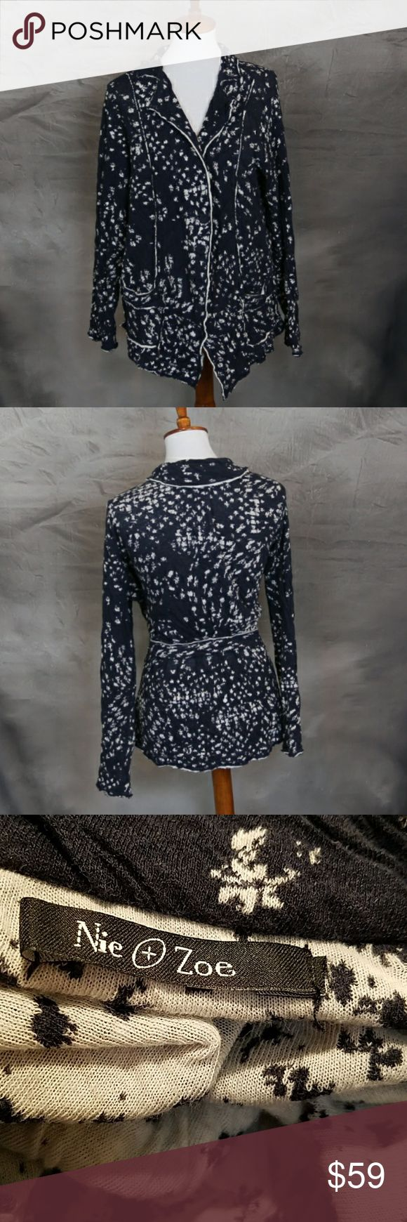 Nic & Zoe navy & white 100% cotton jersey blazer L Nic and Zoe navy & white 100% cotton jersey blazer jacket. In good condition aside from a missing size tag. This is a large. NIC + ZOE Jackets & Coats Blazers