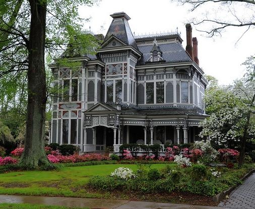 Historic Newnan Georgia Mansion Home And Garden