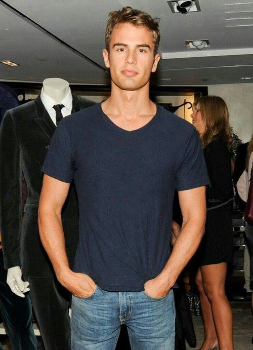 """QOTD- If you were in Abercrombie and Fitch, Hollister, or any store with low lighting, and you looked up to see what figure was seeming to be beside you. You see Theo James, and hear his Deep British Voice say, """"can I help you with anything""""? What would you do? Comment!"""