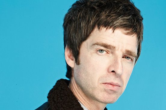 Noel Gallagher has announced plans to release new single 'Everbody's On The Run' ahead of his UK tour.