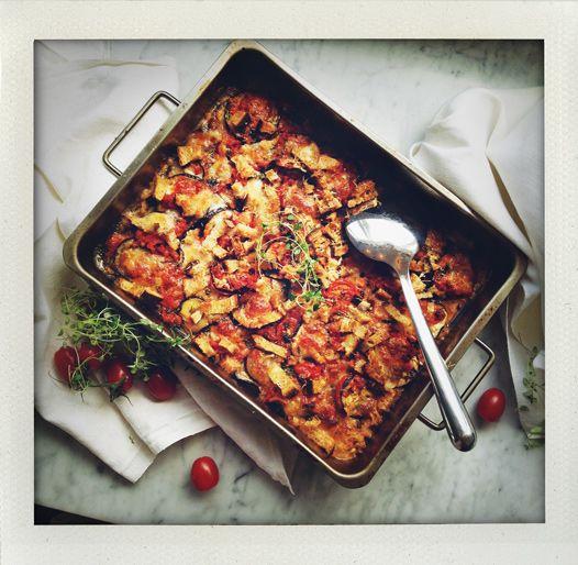 gratäng, gratin, casserole, aubergine, äggplanta, recept, recipe, vegetarisk, vegetarian, tomat, tomato, mozzarella, basilika, basil, thymes, timjan, rosmarin, rosemary, parmesan, ost, cheese, Masseria Montelauro, Apulia, Puglia, I huvudet på Elvaelva