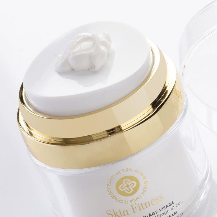 Anti wrinkles, anti slackening, prevents photo aging 96% natural origin